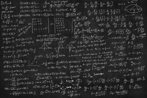 Number「Blackboard full of equations」:スマホ壁紙(17)