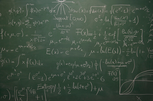 Number「blackboard full of equations」:スマホ壁紙(13)