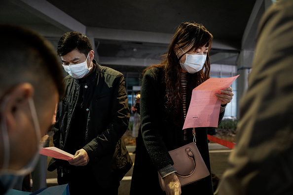 Employment And Labor「Job Fair In Wuhan After Months-Long Lockdown」:写真・画像(16)[壁紙.com]