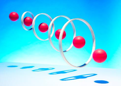 Sports Target「Red balls going through hoops」:スマホ壁紙(7)