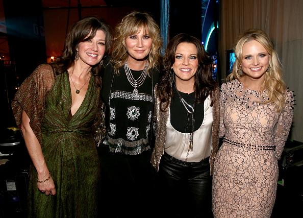 ヌードカラー「2014 MusiCares Person Of The Year Honoring Carole King - Roaming Show」:写真・画像(18)[壁紙.com]