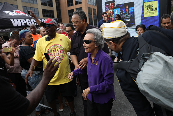 Black Civil Rights「D.C. Institution Ben's Chili Bowl Holds 60th Anniversary Party」:写真・画像(13)[壁紙.com]