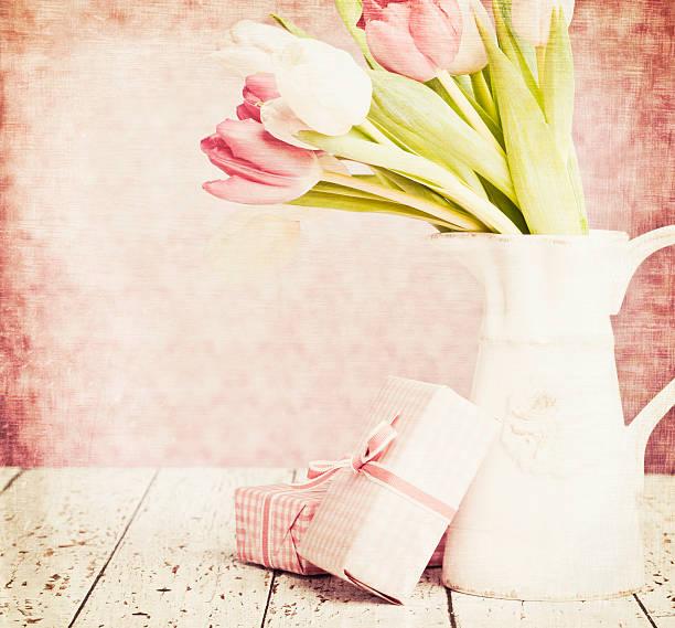 ギフト、母の日や誕生日:スマホ壁紙(壁紙.com)