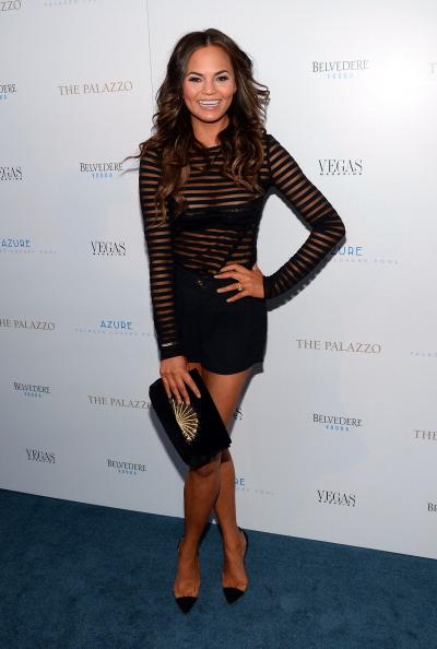 Transparent「Chrissy Teigen Hosts Vegas Magazine's Summer Issue Party」:写真・画像(17)[壁紙.com]