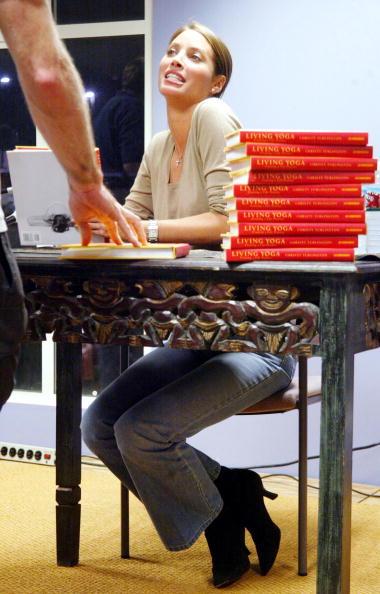 Borders Books「Christy Turlington Book Signing」:写真・画像(3)[壁紙.com]