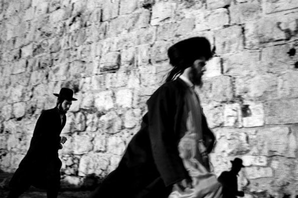 Mid Adult Men「Jewish Sects」:写真・画像(9)[壁紙.com]