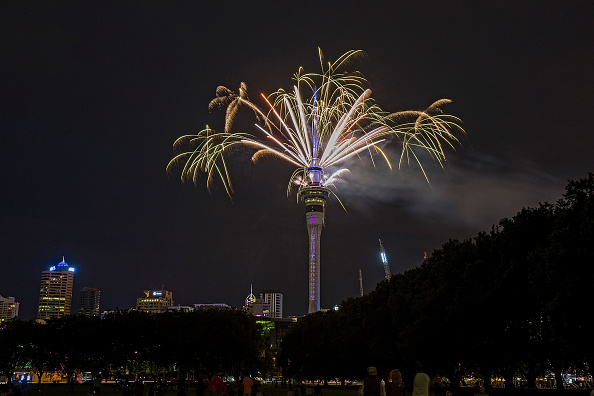 New Year「New Zealanders Celebrate New Year's Eve 2017」:写真・画像(18)[壁紙.com]