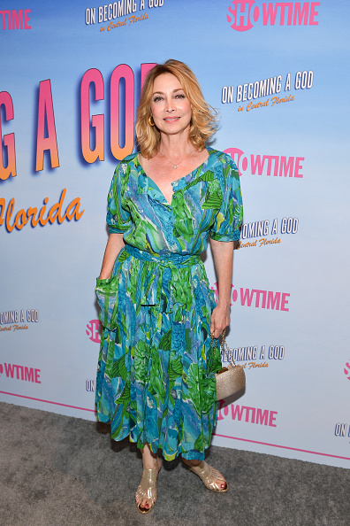 "Box Purse「First Look Screening At Showtime's ""Becoming A God In Central Florida"" - Arrivals」:写真・画像(14)[壁紙.com]"