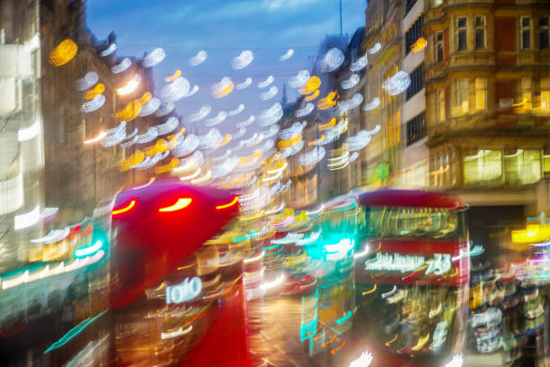 Impressionist view of the London Christmas lights on Oxford Street:スマホ壁紙(壁紙.com)