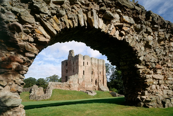Arch - Architectural Feature「Norham Castle, Northumberland, c2000s(?)」:写真・画像(7)[壁紙.com]