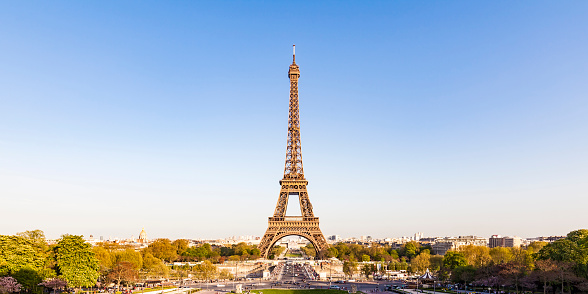 UNESCO World Heritage Site「France, Paris, Panoramic view, Place de Varsovie and Eiffel Tower」:スマホ壁紙(1)