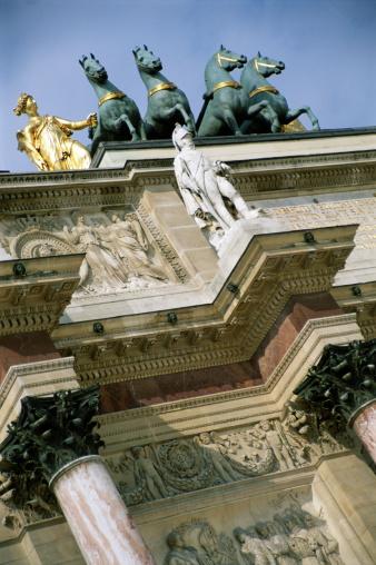 Arc de Triomphe - Paris「France, Paris, Arc de Triomphe du Carrousel, focus on statue」:スマホ壁紙(12)