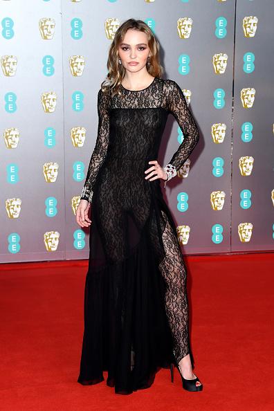Suede「EE British Academy Film Awards 2020 - Red Carpet Arrivals」:写真・画像(8)[壁紙.com]