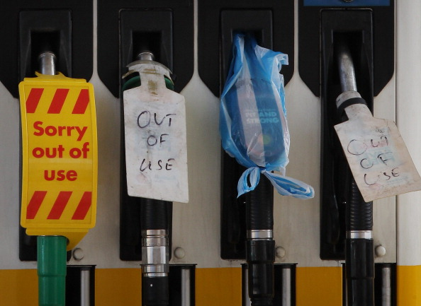 Close To「Government Fuel Strike Advice Appears To Spark Panic Buying」:写真・画像(13)[壁紙.com]