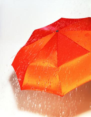 傘「Orange umbrella」:スマホ壁紙(9)