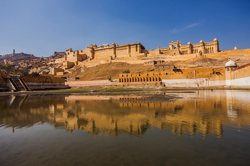 Rajasthan「View of Amber Fort Palace from Maota Lake」:スマホ壁紙(13)