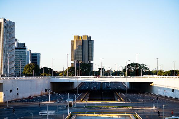 Brasilia「Empty Streets Around Brazil Due to the Coronavirus (COVID-19) Pandemic」:写真・画像(17)[壁紙.com]