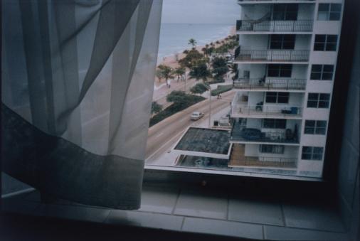 Lech「View From Multistorey Window」:スマホ壁紙(15)
