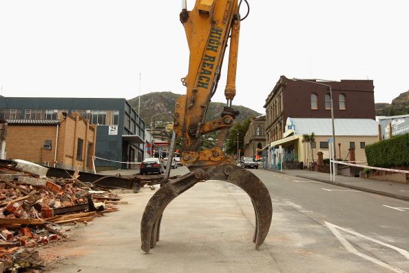 Demolishing「NZ Earthquake Victims Named As Death Toll Increases」:写真・画像(19)[壁紙.com]