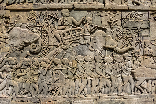 Battle「Bas-relief battle scene between the Khmer and Cham armies with Elephants on the Eastern gallery of the Bayon」:スマホ壁紙(18)
