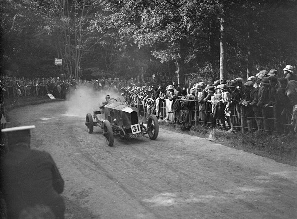 30-34 Years「Lanchester 40-50 hp of AJW Millership at the MAC Shelsley Walsh Hillclimb, Worcestershire, 1923」:写真・画像(0)[壁紙.com]