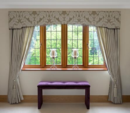 Window Frame「elegantly dressed window」:スマホ壁紙(16)