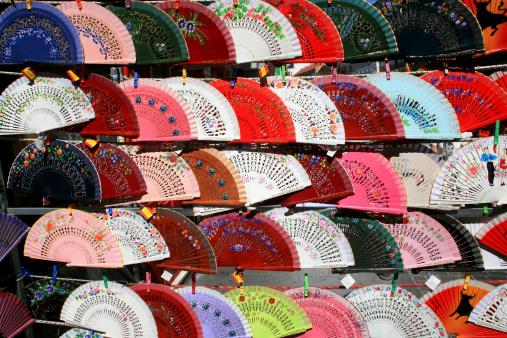 """Gift Shop「Fans in """"El Rastro"""" Flea Market, Madrid, spain」:スマホ壁紙(19)"""
