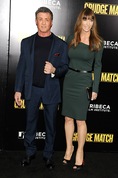 "Clutch Bag「""Grudge Match"" Screening Benefiting The Tribeca Film Insititute - Outside Arrivals」:写真・画像(11)[壁紙.com]"