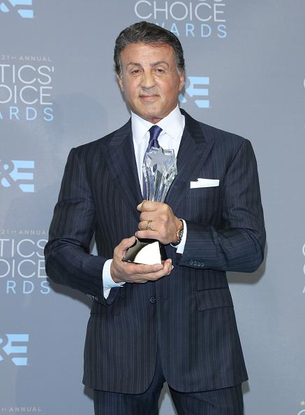 Black Suit「The 21st Annual Critics' Choice Awards - Press Room」:写真・画像(12)[壁紙.com]