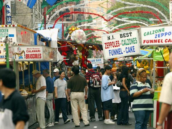お祭り「San Gennaro Festival Held In New York City」:写真・画像(0)[壁紙.com]