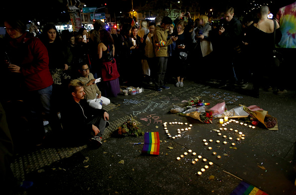 フロリダ州オーランド「Australians Hold Candlelit Vigils For Victims Of Orlando Nightclub Shooting」:写真・画像(8)[壁紙.com]