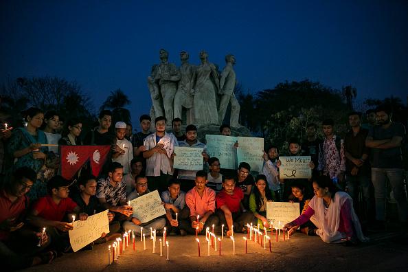 Allison Joyce「Bangladeshis Hold Vigil For Victims Of Nepal's Plane Crash」:写真・画像(17)[壁紙.com]