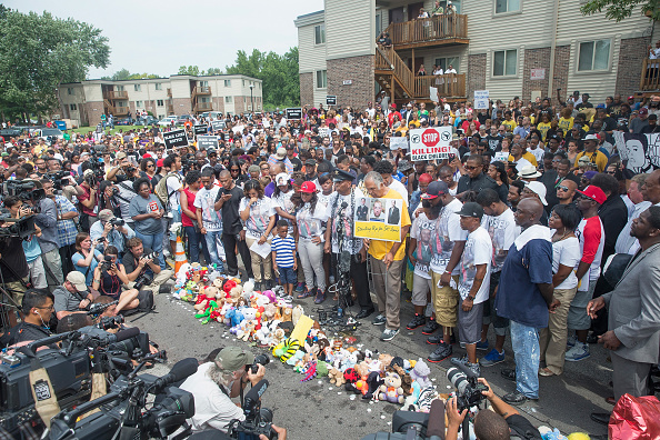 Missouri「Ferguson, Missouri Marks One-Year Anniversary Of The Death Of Michael Brown」:写真・画像(11)[壁紙.com]