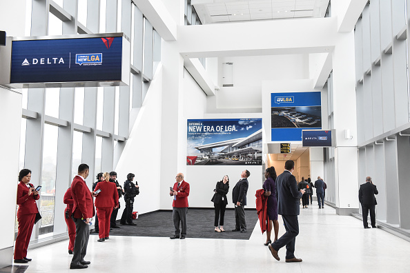 Airport Terminal「Delta Opens The First Concourse Of The Airline's New Terminal At LaGuardia Airport」:写真・画像(3)[壁紙.com]