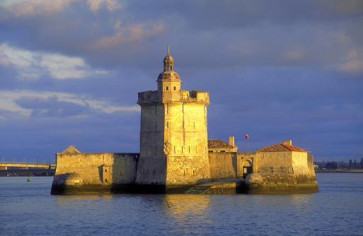 Nouvelle-Aquitaine「Fortress on an island, Poitou-Charentes, France」:スマホ壁紙(17)