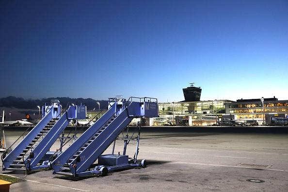 Germany「Coronavirus Fears Impact Air Travel Hard」:写真・画像(1)[壁紙.com]