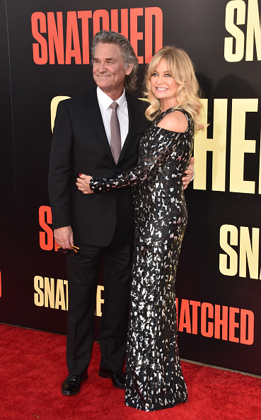 """Snatched - 2017 Film「Premiere Of 20th Century Fox's """"Snatched"""" - Arrivals」:写真・画像(10)[壁紙.com]"""