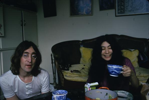 ジョン・レノン「Lennon and Ono Indoors」:写真・画像(16)[壁紙.com]