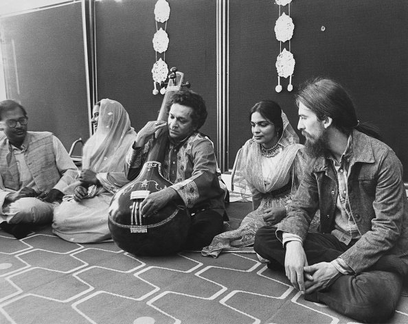 Ravi Shankar - Musician「George And Ravi」:写真・画像(5)[壁紙.com]