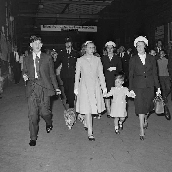Euston Station「Royal Family」:写真・画像(3)[壁紙.com]