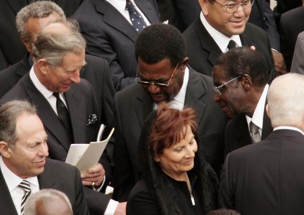 Peter Macdiarmid「Funeral Held For Pope John Paul II」:写真・画像(0)[壁紙.com]