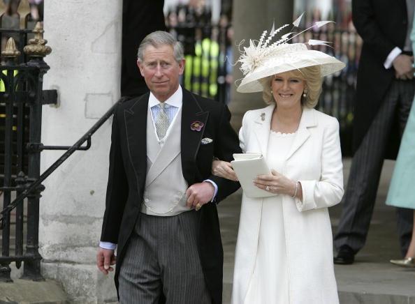 Wedding「HRH Prince Charles & Mrs Camilla Parker Bowles Marry At Guildhall Civil Cer」:写真・画像(3)[壁紙.com]