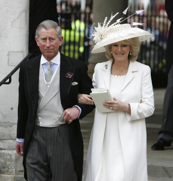 Wedding「HRH Prince Charles & Mrs Camilla Parker Bowles Marry At Guildhall Civil Cer」:写真・画像(17)[壁紙.com]
