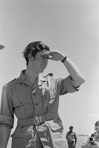モノクロ「Prince Charles On Safari」:写真・画像(15)[壁紙.com]