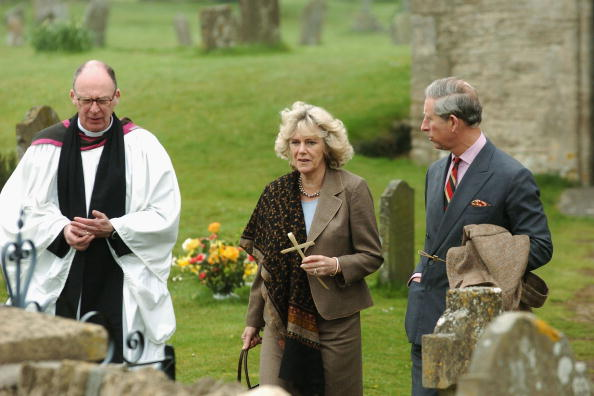 Religious Mass「Charles And Camilla Attend Palm Sunday Church Service」:写真・画像(15)[壁紙.com]