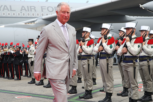 Nice Côte d'Azur Airport「Prince Of Wales And Duchess Of Cornwall Visit Greece」:写真・画像(6)[壁紙.com]