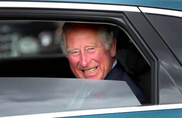 Car Key「The Prince Of Wales Meets Key Workers From Transport For London」:写真・画像(17)[壁紙.com]