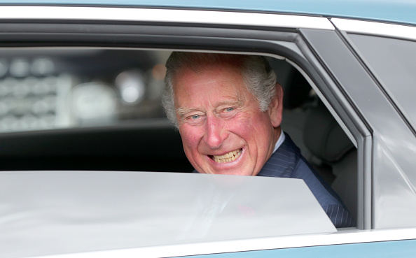 Car Key「The Prince Of Wales Meets Key Workers From Transport For London」:写真・画像(18)[壁紙.com]