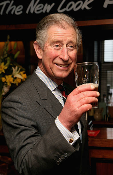 Prince Charles, Prince Of Wales Visits Froncysyllte - Calor Gas Village Of The Year:ニュース(壁紙.com)