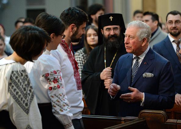 Eamonn M「The Prince Of Wales Attends A Romanian Orthodox Church Service」:写真・画像(13)[壁紙.com]